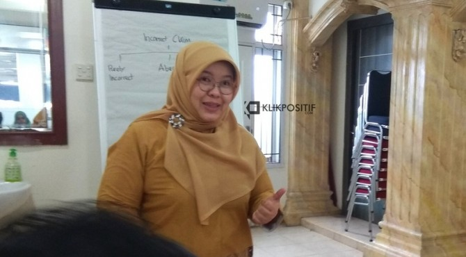 Kepala BPJS Kesehatan Cabang Padang Asyraf Mursalina, Jumat, 12 April 2019.