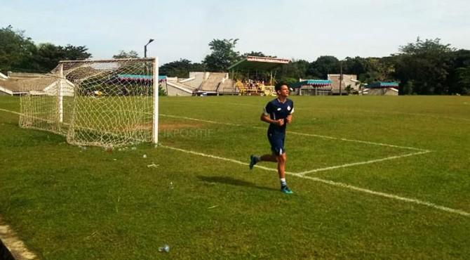Thiago Moura, bek asing asal Brasil yang tengah menjalani trial di Semen Padang FC.