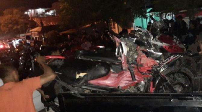 Kecelakaan tunggal yang terjadi di Jalan M Hatta, Kecamatan Pauh, Kota Padang pada Minggu malam (17/11)