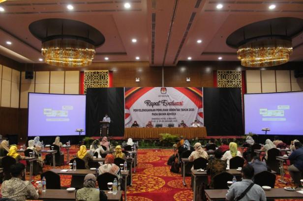 Rapat evaluasi penyelenggaraan Pilkada Serentak di Kabupaten Tanah Datar