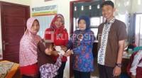 Penyerahan Beasiswa Untuk Pelajar Dari CSR PT Semen Padang