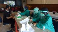 1.602 anggota Kelompok Penyelenggara Pemungutan Suara (KPPS) dan petugas di TPS dari Komisi Pemilihan Umum (KPU) Kota Pariaman, Sumatera Barat selesai mengikuti tes cepat atau 'rapid test' COVID-19 untuk menghadapi Pemilihan Kepala Daerah (Pilkada) 9 Desember 2020