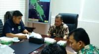 Wakil Gubernur Sumatera Barat, Nasrul Abit (tengah) memimpin rapat  Pekan Olahraga Provinsi (Porprov) XVI di ruang kerja, Padang, Kamis (14/11/2019)