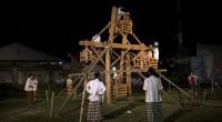 Pertunjukan Mandi Angin karya Wisran Hadi yang dipentaskan oleh Syafril Prel T di Taman Budaya Padang