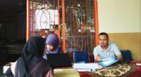 Petugas KPU Kabupaten Solok menerima pendaftaran calon PPK