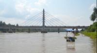 Jembatan Sungai Dareh dialiran Sungai Batanghari