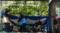 Perguruan Silat Singo Barantai saat tampil di Temu Pendekar Internasional 2 di Bandung