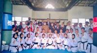 FORKI Sumbar melalui Bidang II Perwasitan dan Pertandingan menggelar  penataran bagi wasit dan juri dari semua perguruan yang tergabung dengan FORKI di Kantor KAN Kuranji, Padang. Penataran diikuti 71 orang wasit tingkat daerah maupun nasional.
