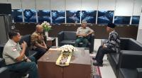Deputi Kedaruratan dan Logistik Dodi Ruswandi saat menerima kunjungan Bupati Pasbar dan Kalaksa BPBD Pasbar Edi Busti.