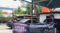 Spanduk yang dibuat oleh Cityzen Chapter Padang berupa imbauan untuk tetap DiRumahAja