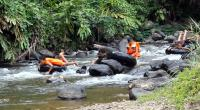 Wisata river tubing di Agam