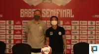 Dejan Antonic dan Kim Jeffrey Kurniawan saat Pre Match Press Conference Piala Menpora di Sleman
