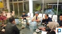 Panitia Festival Durian Bariang Koto Rambah saat Melaporkan kegiatan Kepada Bupati Solok Selatan Khairunas dan Meminta Dukungan Dari Ketua DPRD Solok Selatan Zigo Rolanda