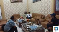 Wakil Wali Kota Payakumbuh Erwin Yunaz saat ditemui di rumah dinas saat lebaran Idul Fitri 1441 H.