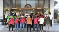 Para atlet binaan FKKSP Group yang berangkat ke PON Papua diabadikan dengan pengurus dan pelatih di Kantor Pusat PT Semen Padang, Rabu (22/9/2021)
