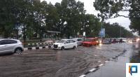 Ruas Jalan Khatib Sulaiman yang tergenang air