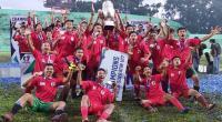 Skuat Jawa Timur angkat tropi juara