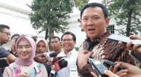 Basuki Tjahaja Purnama alias Ahok saat memberikan keterangan pers