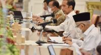 Presiden Jokowi memimpin Rapat Terbatas mengenai Laporan Komite Penanganan COVID-19 dan Pemulihan Ekonomi Nasional (Komite PCPEN), Senin (23/11)