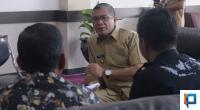 Wali Kota Payakumbuh, Riza Falepi (kiri).