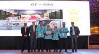 Tim GE KIM Semen Padang meraih Tri Starbpada ajang APQO di Manila, Philipina.