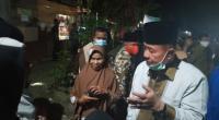 Wagub Sumbar Nasrul Abit bersama masyarakat Garabak Data