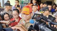 Menteri Sosial (Mensos) Juliari Batubara mengunjungi Puskesmas 1 Turi, Sabtu (22/2/2020), pascatragedi susur Sungai Sempor SMP N 1 Turi Sleman pada Jumat (21/2/2020)