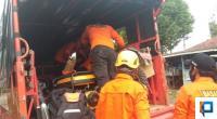 Basarnas 50 Kota saat bersiap menuju lokasi hanyutnya 4 pemudik dari Riau.