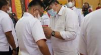 Wako Solok, H. Zul Elfian saat ikut mengukuhkan kepengurusan Askot PSSI kota Solok di Gedung Kubuang Tigo Baleh