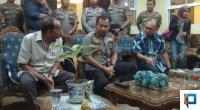 Anggota Komisi VI DPR-RI Andre Rosiade dan Dirut Hutama Karya dengan Kapolda Sumbar Irjen Pol Toni Harmanto