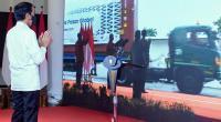 Presiden Joko Widodo menyaksikan Pelepasan Ekspor ke Pasar Global Tahun 2020 yang ditandai dengan pelepasan truk kontainer yang membawa produk ekspor Indonesia, Jumat (4/12/2020) secara virtual dari Istana Kepresidenan Bogor, Jawa Barat.