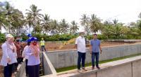 Wali Kota Payakumbuh, Riza Falepi saat mengunjungi IPLT di Keluruhan Sungai Durian, Kecamatan Latina.