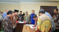 Penandatangan Bersama Kontrak Konstruksi Proyek Peningkatan Sarana Prasarana 6 PTKIN