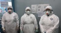 Tim kesehatan yang menangani pasien COVID-19 di RSAM Bukittinggi