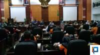 Audiensi perwakilan walimurid dengan DInas Pendidikan dan DPRD Sumbar