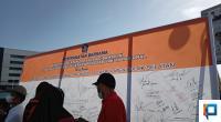 Bupati Solok Selatan Khairunas Menandatangani Kesepakatan Bersama untuk mensukseskan program Vaksin Nasional dalam rangka memutus mata rantai pandemi Covid-19