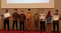 Penyerahan Apresiasi Pokdarwis Sumbar 2021 di Padang