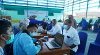 PLN Unit Induk Wilayah Sumatera Barat (UIWSB) bekerja sama dengan Dinas Kesahatan Kota Padang, mengadakan vaksinasi Covid-19 untuk seluruh pegawai dan Tenaga Alih Daya (TAD) PLN Group di Sumatera Barat.