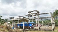 Bangunan Masjid Nurul Iman di Lunang yang terbengkalai.