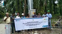 Desa Parit Kecamatan Koto Balingka dan Desa Ujung Gading Kecamatan Lembah Melintang akhirnya berlistrik pada Januari lalu.