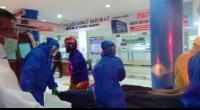 Pengunjung yang Tidak Sadarkan Diri di Plaza Andalas Dibawa ke RSUP Dr M Djamil Padang