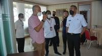 Wagub Sumbar Audy Joenaldi saat meninjau Convention Hall Bukit Lampu Bungus Kecamatan Teluk Kabung, Kota Padang Rabu, 3 Maret 2021