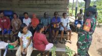 Warga Kampung Dorba Tak Kuasa Menahan Air Mata Kebahagiaan