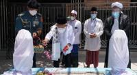Wakil Presiden (Wapres) K. H. Ma'ruf Amin melakukan ziarah dan doa bersama di makam Pahlawan Nasional KHR. As'ad Syamsul Arifin, di Jalan KHR. Syamsul Arifin, Sukorejo, Kecamatan Banyuputih, Kabupaten Situbondo, Jawa Timur, Kamis (21/10/2021).