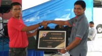 Pemberian penghargaan untuk PT Kunango Jantan.