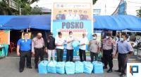 H. Wan serahkan ratusan bantuan ransum untuk petugas di Posko Penanganan COVID-19 Payakumbuh